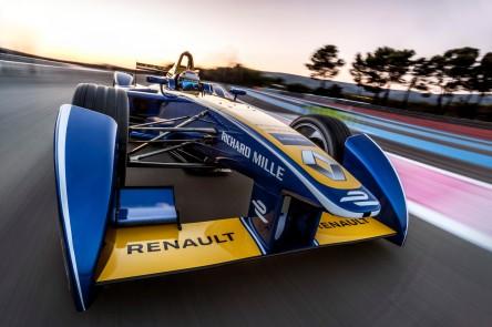 Renault_72488_global_en